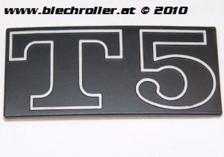 """Schriftzug """"T5"""", Seitenhaube"""