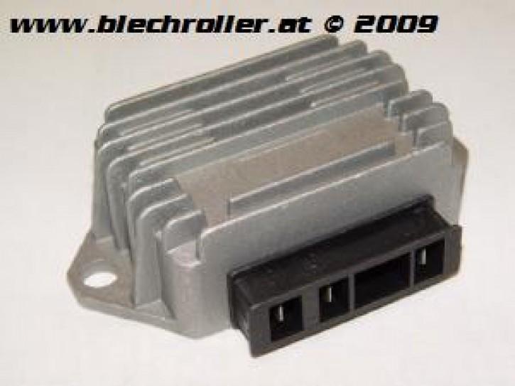 Spannungsregler RMS für Vespa PK50 S/SS/Automatica/XL/XL2/PK80-125 S/Automatica/ETS/P125-150X/P200E/PX80-200 E/Lusso/T5, 3 Anschlüsse, ohne Batterie