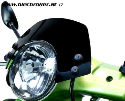Windschutzscheibe mit schwarzen Haltern MOTO NOSTRA, Vespa GT, GTL, GTS, GTS Super 125-300ccm - schwarz getöntes Glas