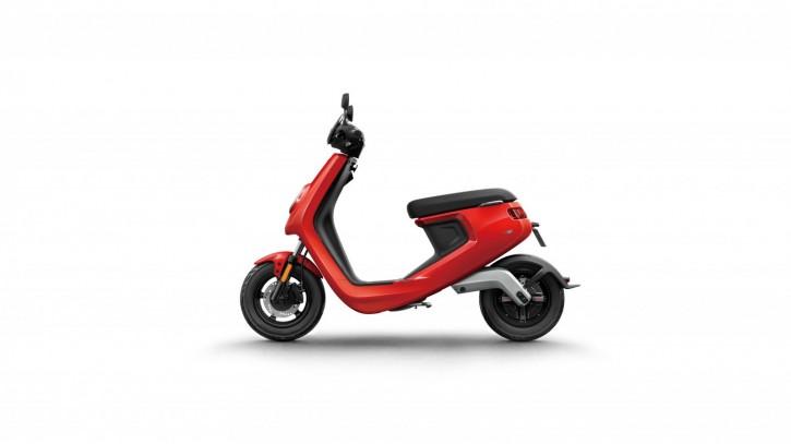 NIU M1S Pro, Elektro Roller, Neufahrzeug Rot
